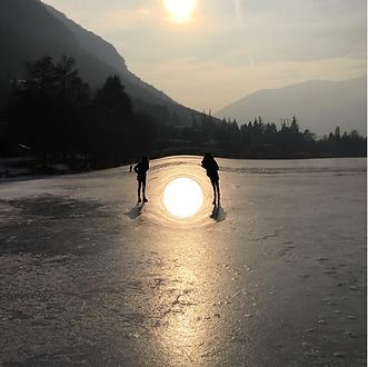Varco di luce sul lago d'Endine