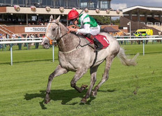 MJJACK WINNING AT HAYDOCK.JPG