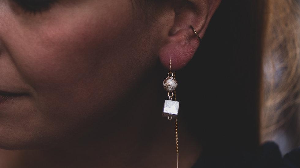 CUBE PEARL EARRINGS