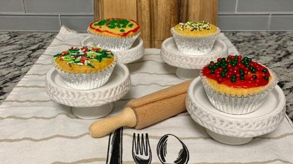 Christmas Vanilla cupcakes (1/2 dozen)