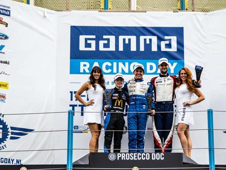 """Overwinning tijdens Gamma Racing Day dichtbij voor racetalent Rik Koen (15): """"Echt een topweekend"""""""