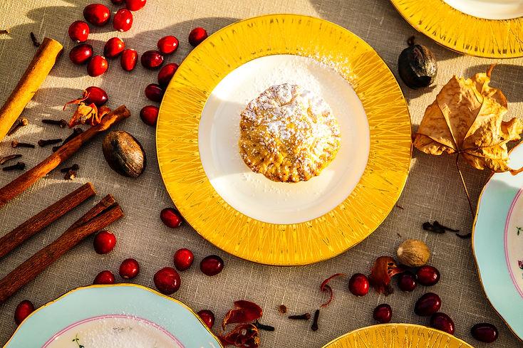 mince pie golden plate.jpg
