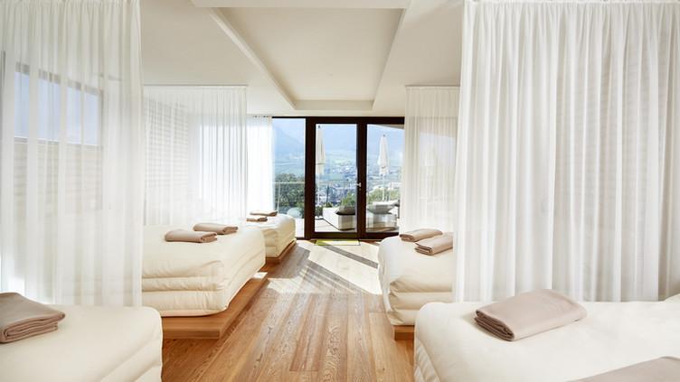 Dolce Vita Hotel Preidlhof - White Silence Lounge