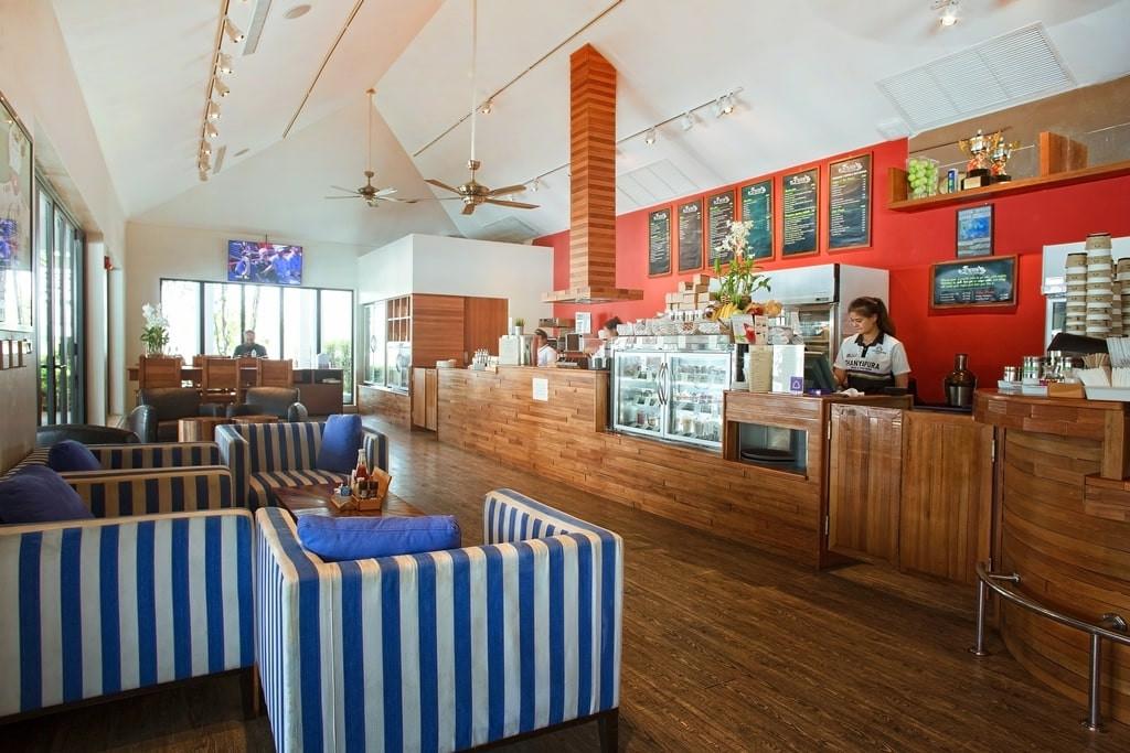 Thanyapura Sports and Health Resort Booster Deli & Cafe