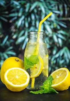 lemons and mint, detox drink