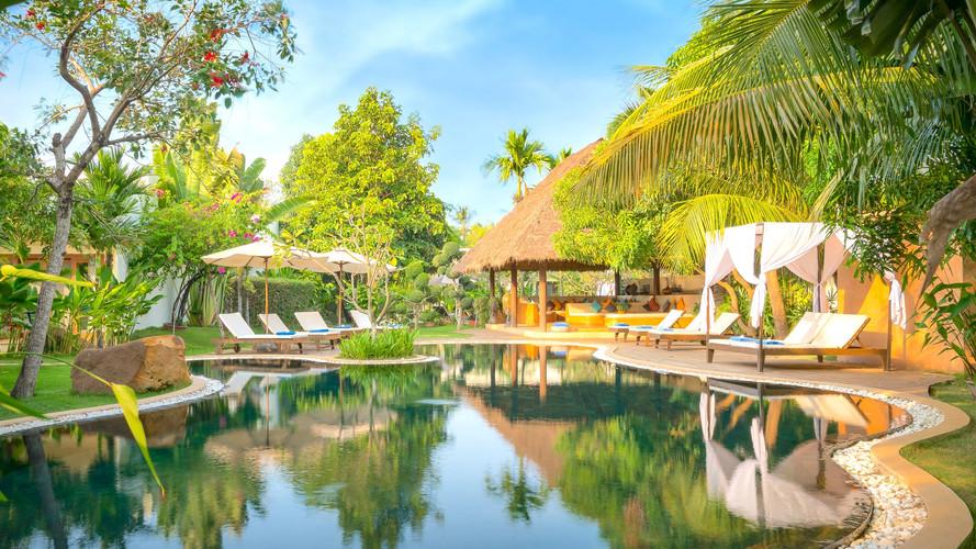 Navutu Dreams Resort and Wellness Retreat