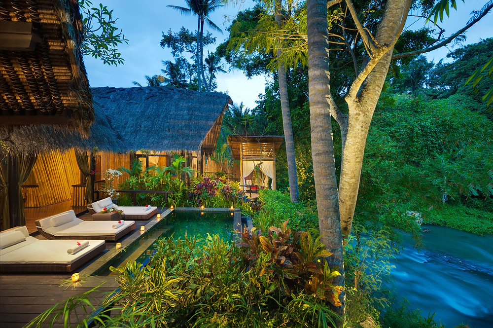 thatched huts and swimming pool to relax