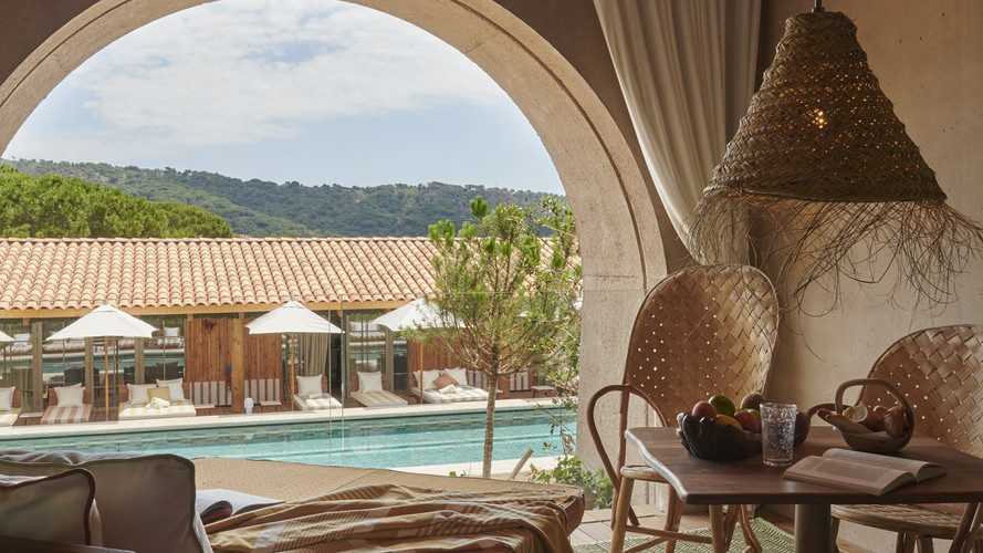 Lily of the Valley Hotel, France