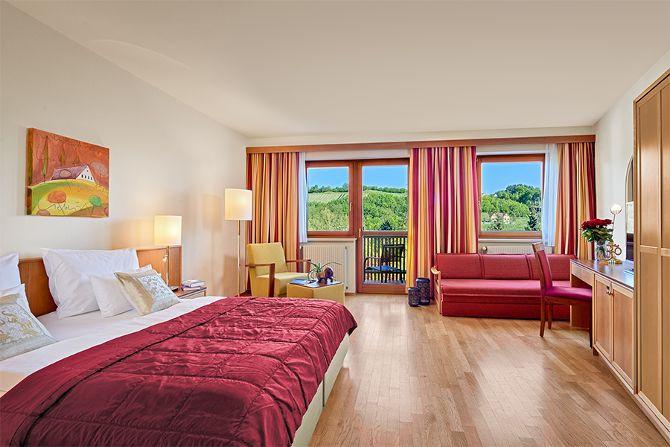 Mandira Standard Junior Suite