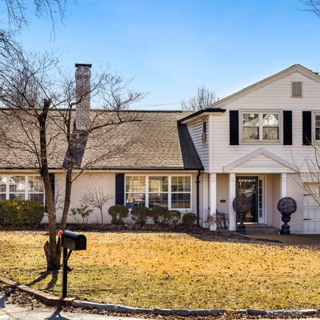 8536 Colonial Lane, Ladue, MO 63124