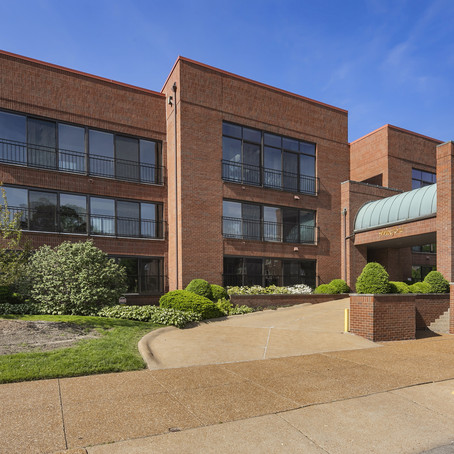 4554 Laclede Ave #206, St. Louis, MO 63108