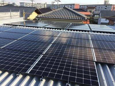 ハンファQセルズ太陽光発電の設置工事完了しました