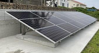 京セラ太陽光発電の設置工事完了しました