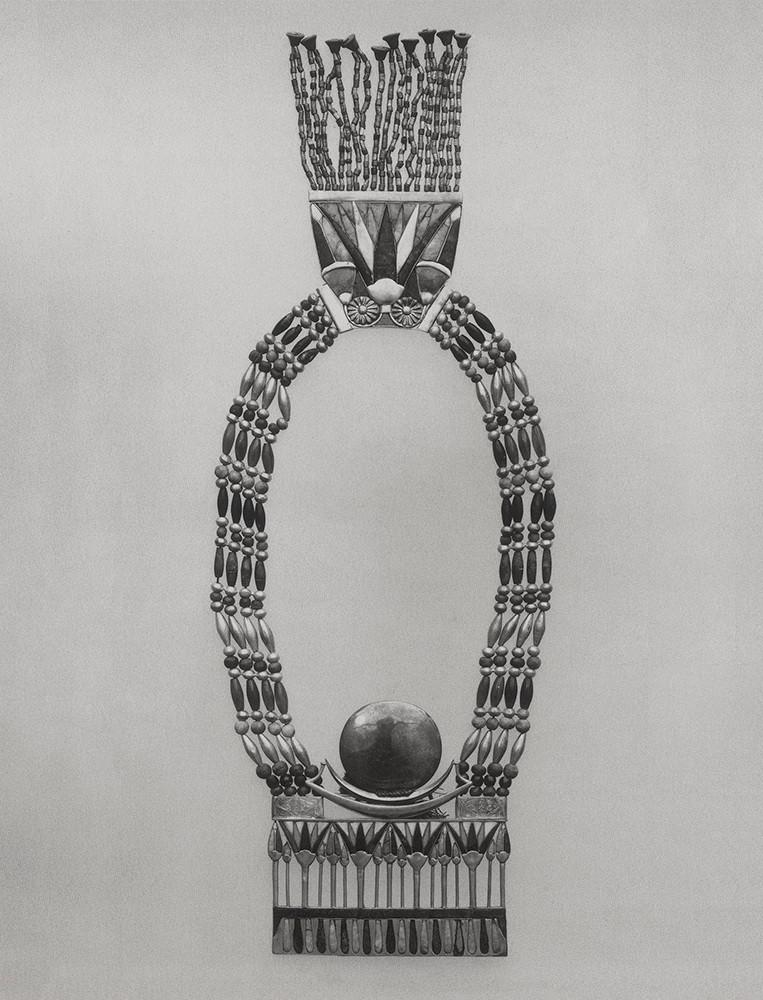 Tutankhamun's Necklace Light Box, Duratrans print, 73x95 cm, 2014
