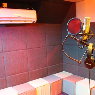 Rhode K2 Microphone & Shure Headphone .J