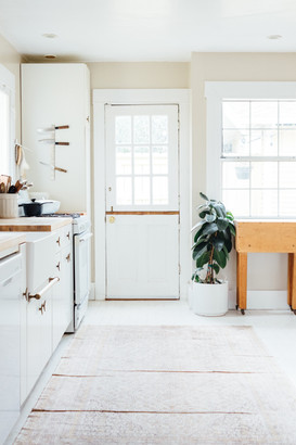 Furniture Flow in a Kitchen Space
