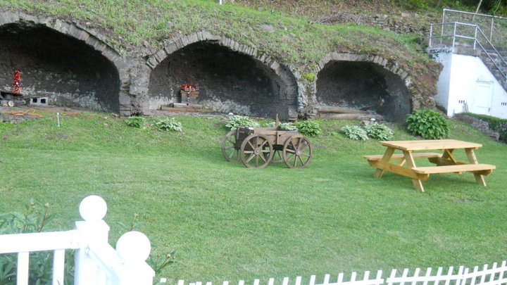 Sam's Guest House Coke Ovens pic