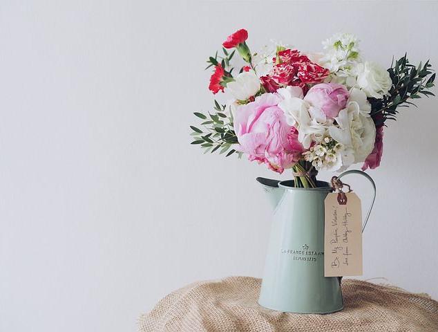 bouquet-of-flowers-1149099__480.jpg