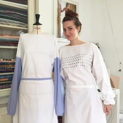 Des blouses Haute Couture pour les soignants