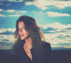 Anna Farrow singer songwriter