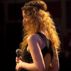 Anna Farrow singer live China