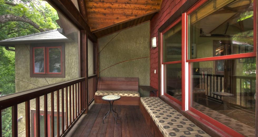015_Master Balcony.jpg