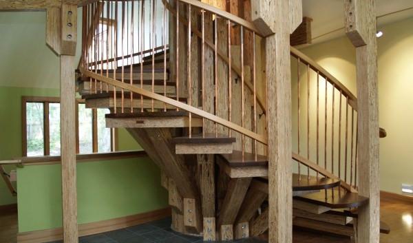 021_Stairs-Base.jpg