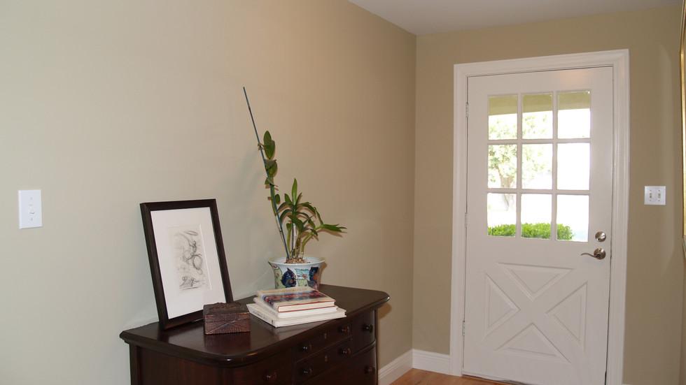 003_Entrance 2.jpg