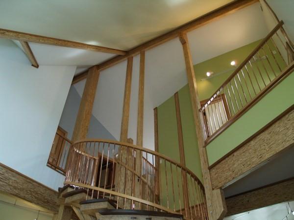 023_Stairs-Ceiling.jpg