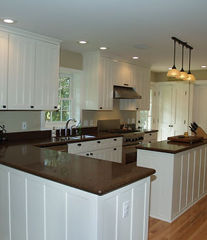 013_Kitchen-Bar.jpg