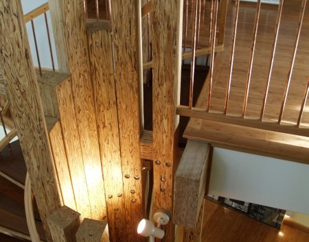 026_Stairs-top view-v.jpg