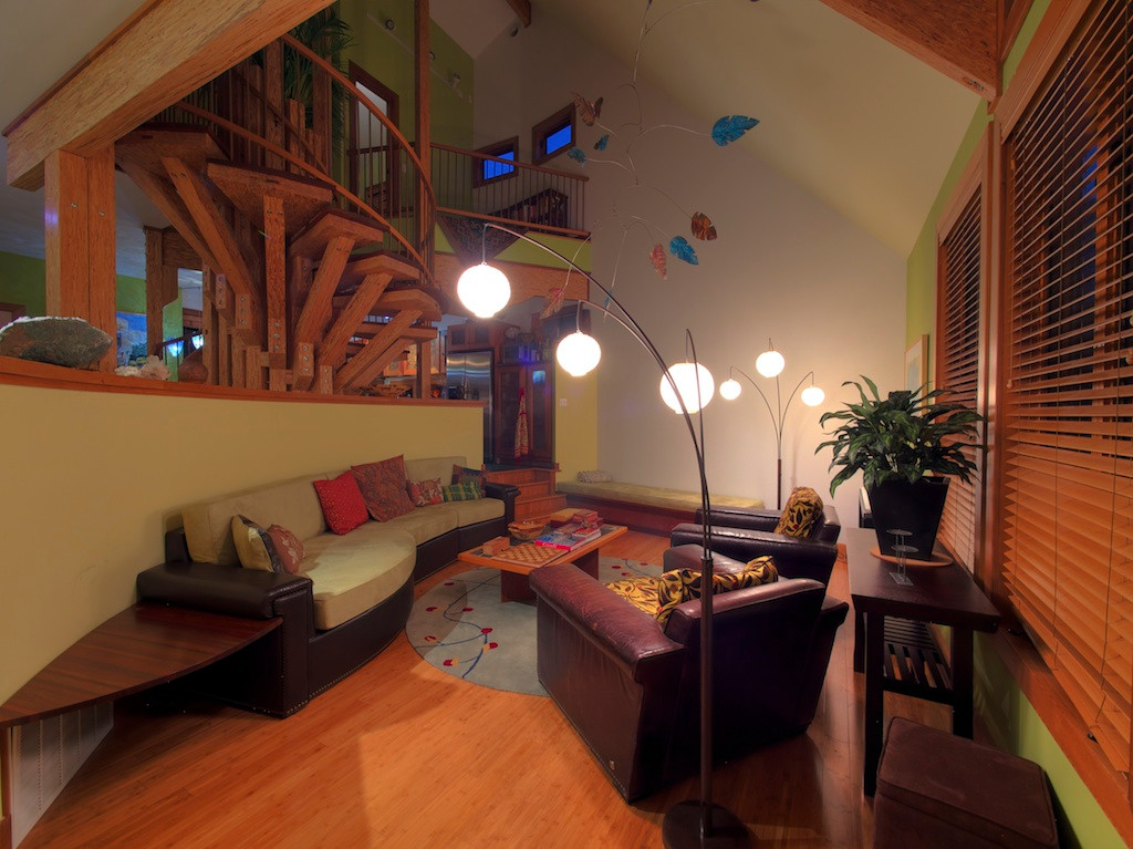 009_Family Room .jpg