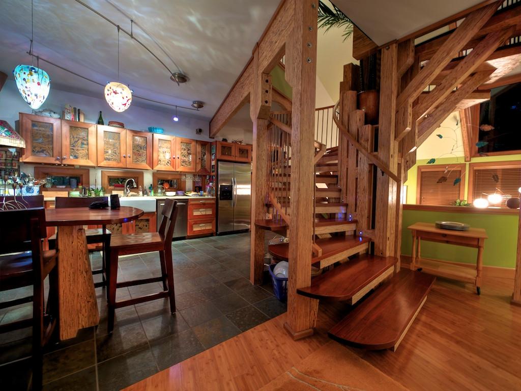 006_Vew from foyer.jpg