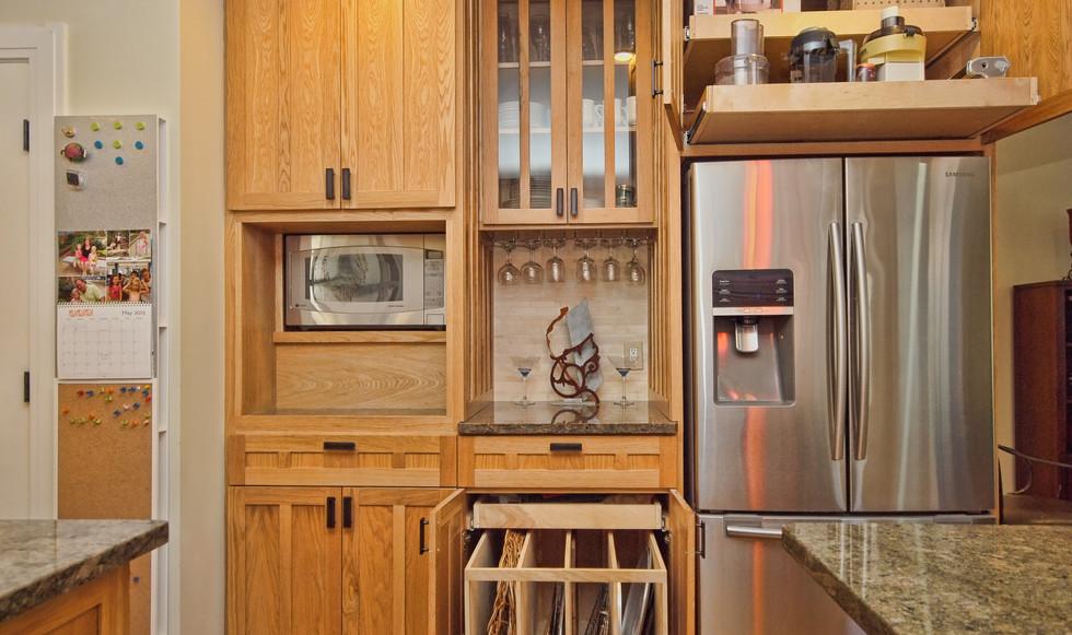 011_Kitchen Cabinet Storage.jpg