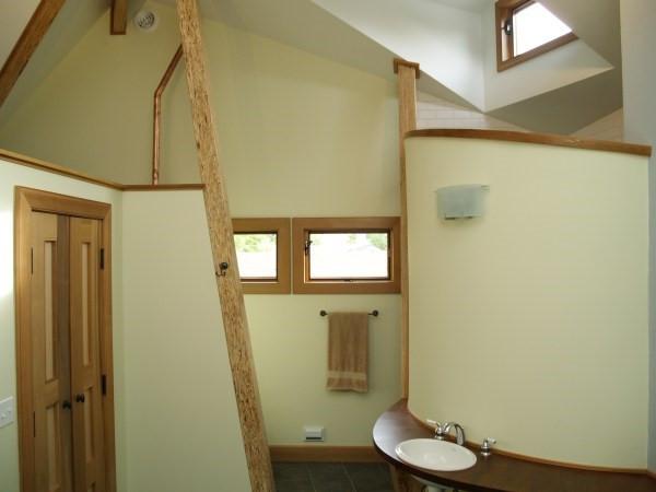 013_Master Bathroom.jpg