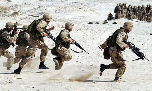 soldiers-1002_960_720.jpg