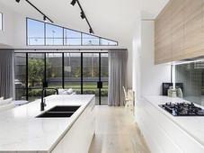 איך לבחור את גוון התאורה המתאים לחדרי הבית?