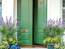 רעיונות לעיצוב חכם של דלתות הכניסה לבית וסביבתן