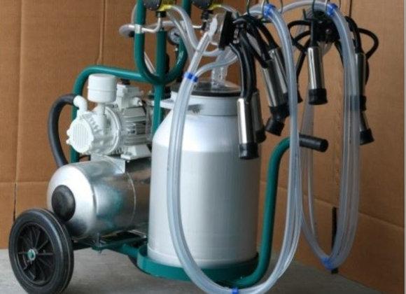 Передвижная доильная установка для коров с двумя доильными аппаратами