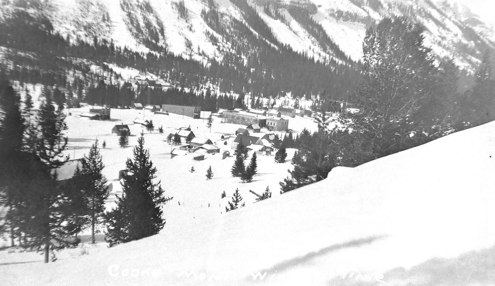 Cooke City in snow soderholm.jpg