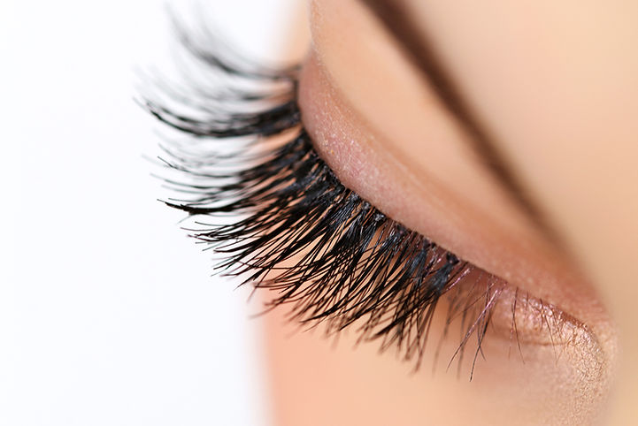 Red Carpet Lash & Beauty Bar lash services