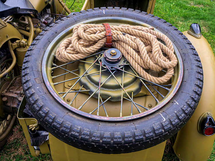 Spare Wheel and Tow Rope.jpg