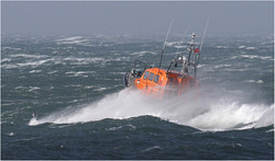 Gale Force Rescue By Doug Allan