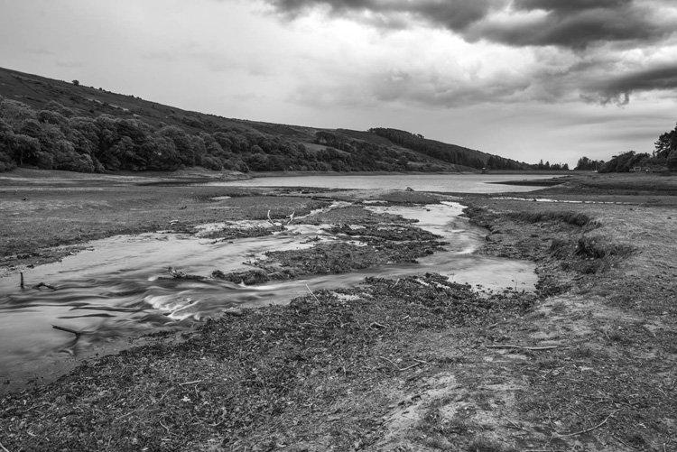 Drought at Injebreck Reservoir.jpg