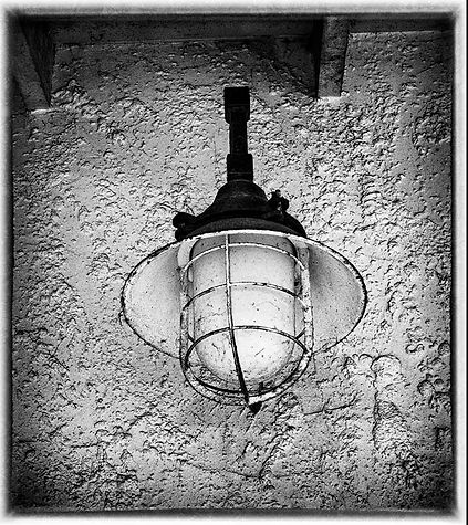 19  Old Wall Light.jpg