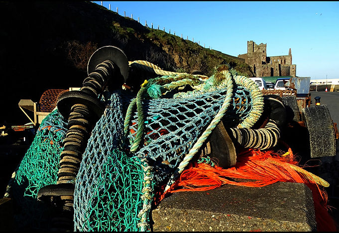 Fishing gear stowed.jpg