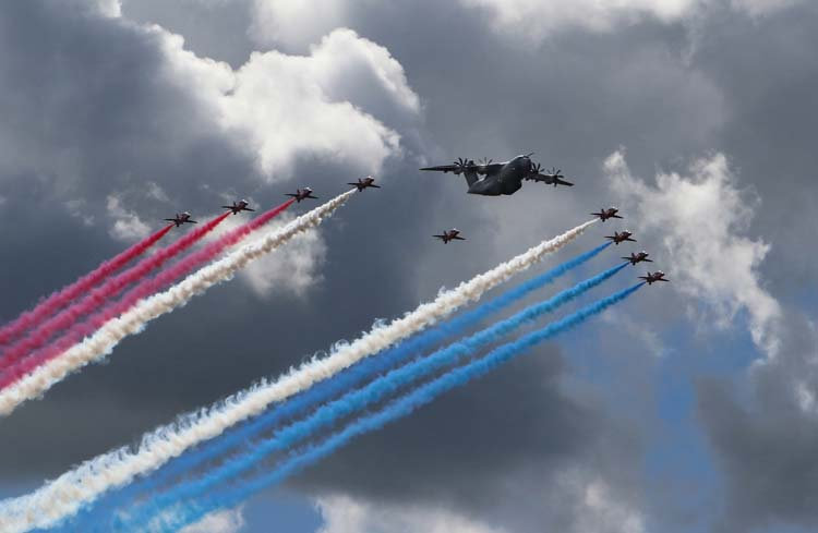 37 Farnborough Fly Past .jpg