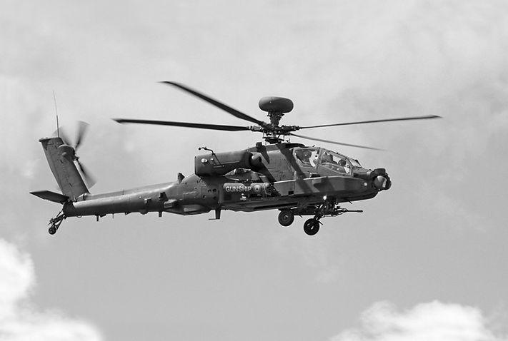 Apache AH-64D B-W Copy copy_1.jpg