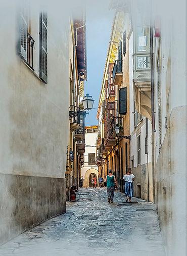 33 Watercolour Strolling in Palma.jpg