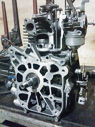 エンジン カットモデル ランマー EH09-2ロビン